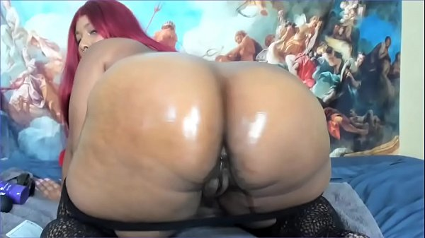 Cute ebony fucking her ass