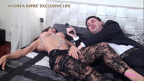 Nikita naked in bed with Andrea Diprè