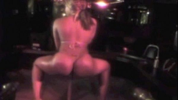 Nude gentlemens club
