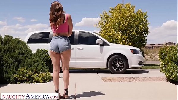 Naughty America - Kelly Turner (Kenzie Madison)...