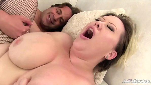 Fat Beauty Bunny De La Cruz Sucks a Long Dick and Then Fucks Thumb