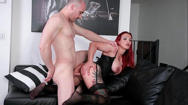 SCAMBISTI MATURI - Redhead Italian mature enjoy...