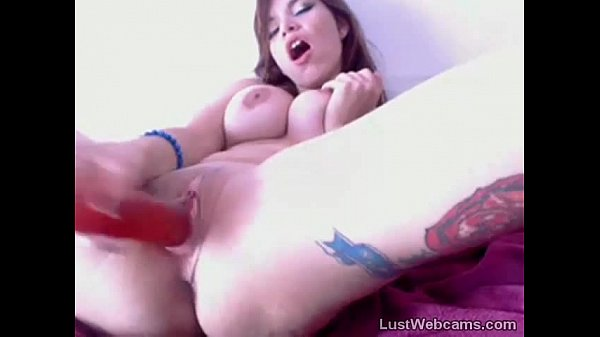 Busty girl dildoing her pussy and ass on cam