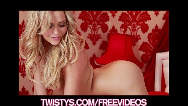 Stunning blonde bombshell Mia Malkova shows off...
