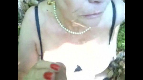 Mature slut having fun in public with stranger