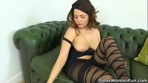 English mums in tights part 9 Thumb