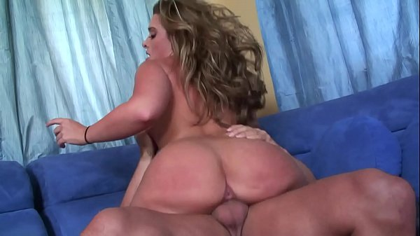 Cheating wife BBW Babe takes the big cock of he...