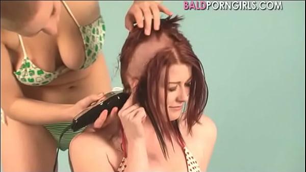 Lesbian girl shaved her girlfriend head - BaldP...