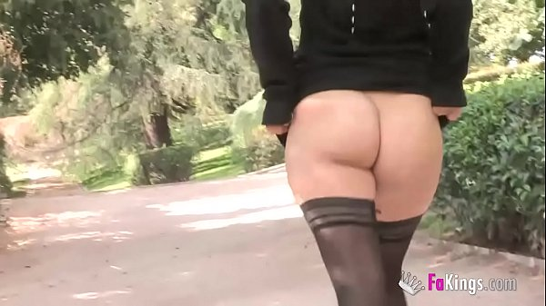 Hi, geeky guy, do you want to fuck me? Yunnox offers her pussy up to the park inhabitants