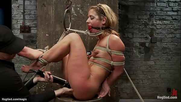 Petite blonde bound dyke pussy fucked