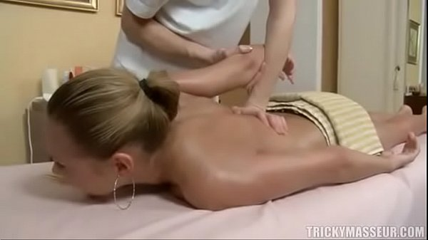 Blonde tricked during massage http://everything...