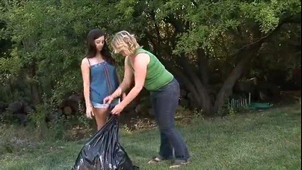 004 - Lesbian Hitchhiker 3 (2011) - Autumn Moon & Taylor Vixen - XVIDEOS.COM
