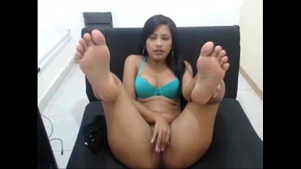 Cutest latina with the sexiest feet Tastycamz.com