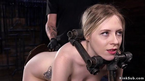 Babe spanked and vibed in doggy bdsm