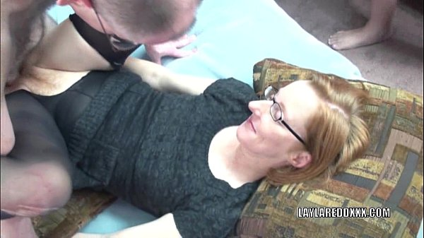 Mature slut Layla Redd in pantyhose and getting banged Thumb