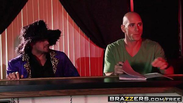 Brazzers - Milfs Like it Big - (Alura Jenson, Johnny Sins) - Pick Up Pussy