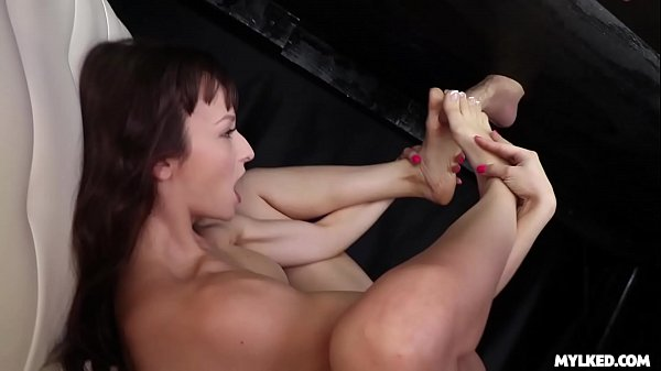 Lexi Luna - GLAZED TITS and Foot Fucking at the Milking Table