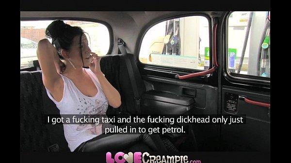 Love Creampie British slut gives fake taxi driv...