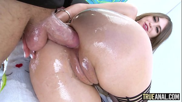 TRUE ANAL Tiny Riley Reid has her ass licked th...
