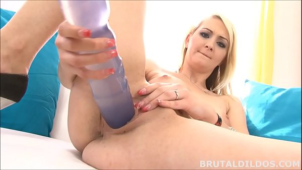 Russian blonde Katerina Gold inserts a big b. dildo
