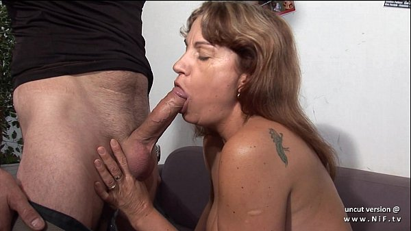 Casting amateur french squirt mom analyzed double penetrated and hard gangbanged  thumbnail