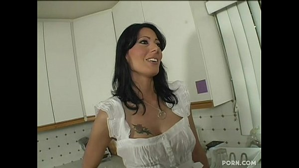 Zoey Holloway – Step Mom Seduced By Her  StepSon(long version)