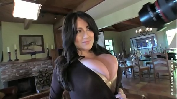 Antonella Kahllo Latina with big tits bursting out of shirt!