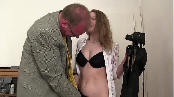 Free version - My dad knows how to make me enjoy and fucks me from behind! I love this