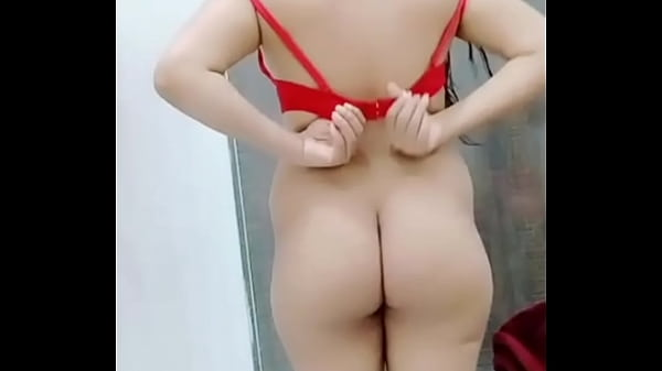 Sobia Pussy Cum Discharge While Talking With BF On Cam(Special Made Clip For Bf)