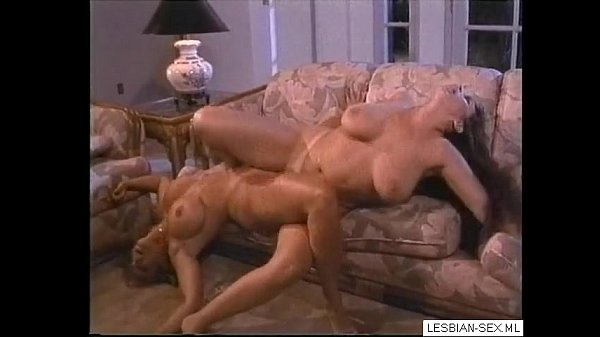 Blonde and brunette lesbians pussy rubbing against