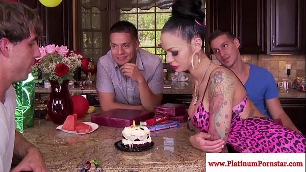 Busty Angelina Valentine eagerly gagging