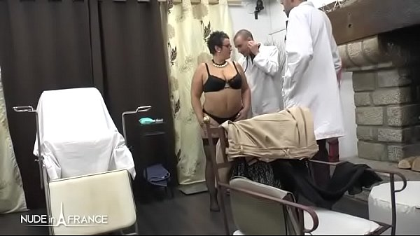 Amateur BBW french milf fisted analyzed and facialized in 3way at the gyneco  thumbnail