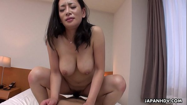 Japanese mature, Rei Kitajima sucks cock, uncensored