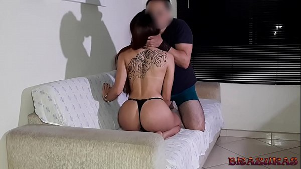 Brazuca took the hot and pornstar Bianca Demarchi to fuck without a condom and make a Greek kiss