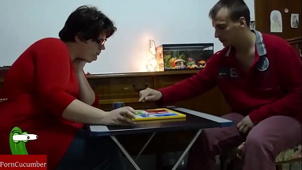 Chubby-girl likes to play the parchis for lose and eat the whole cock. RAF123