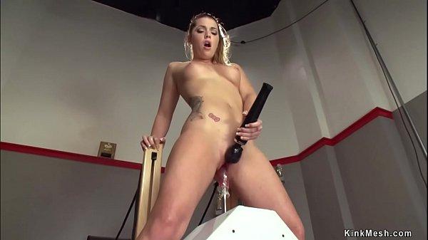 Shaved pussy athlete fucking machines Thumb