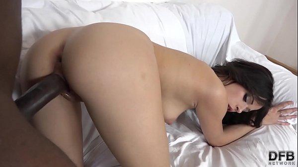 Ria Sunn exclusive interracial porn casting tape she likes it big and black