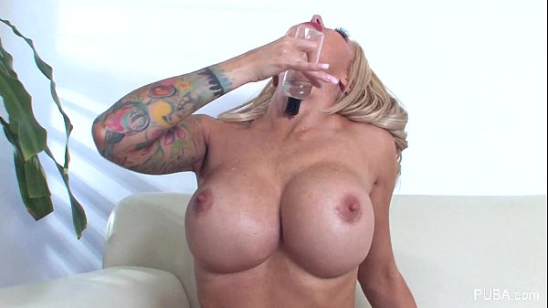 Hot Helly Hellfire plays with herself