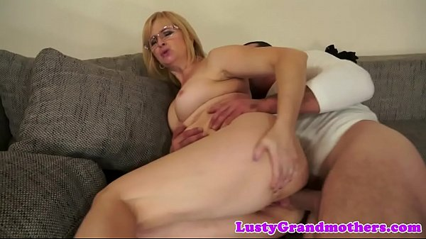 Spex granny anally fucked hard