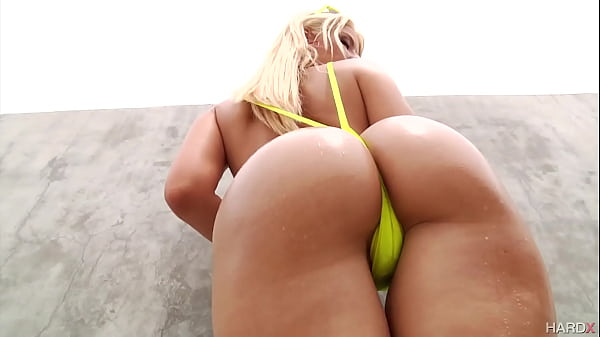 Amazing oil strip tease with AJ Applegate and A...