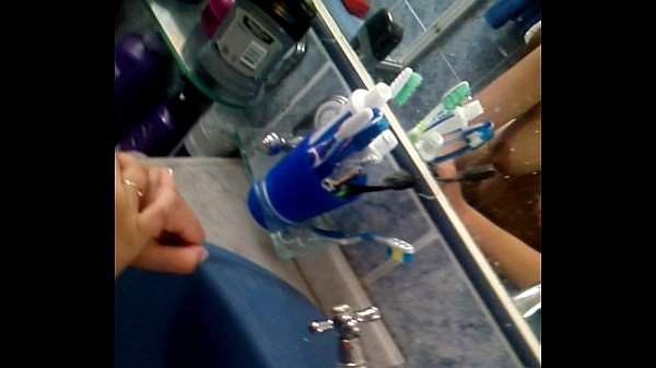 Me encanta cojer en el baño demen jiji
