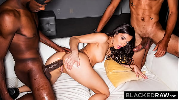 BLACKEDRAW BBC-thirsty Emily Willis takes on 2 ...
