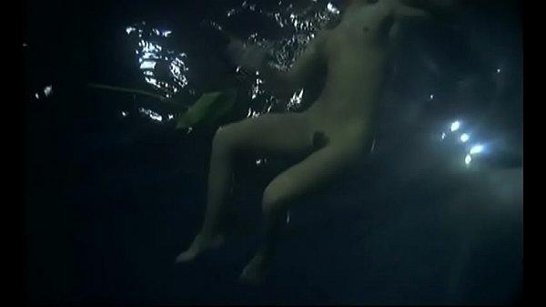 Zombie Lake: Sexy Nude Girl Skinnydipping
