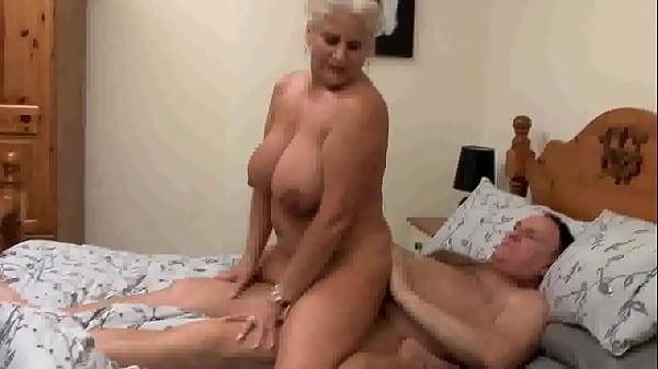 Granny Robyn Ryder Gets Fucked Hard on britishgrannyfuck.com