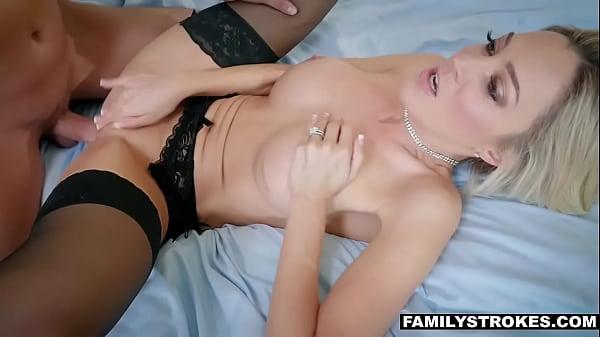 Fucking my hot stepmom Blake Morgan after a date