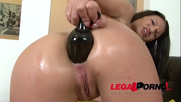 Kinky Milf Ellen feeds her asshole a Monster Butt Plug! Thumb