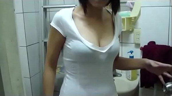 台湾美女许怀芸口交视频