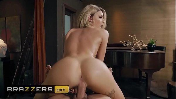 (Emma Hix, Keiran Lee) - Emma Gets All Oiled - Brazzers