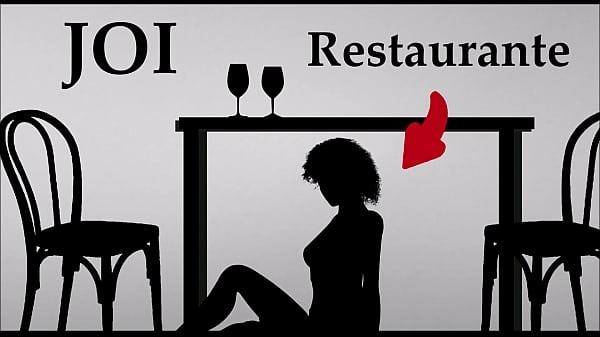 Mamada bajo mesa de restaurante JOI audio español
