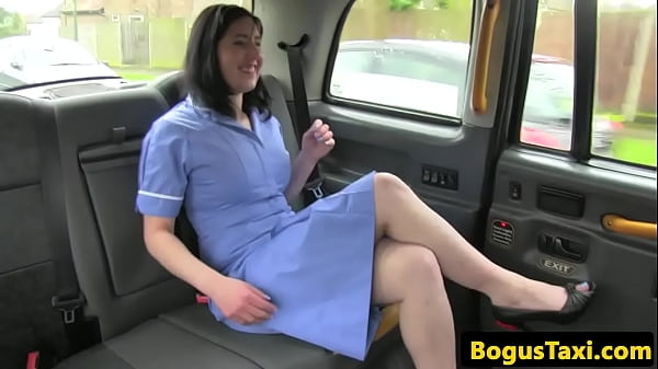 Highheeled UK babe facialized by taxi driver